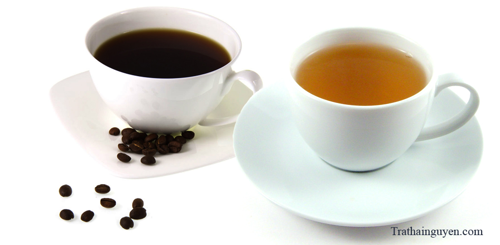 Trà và cafe -  nước uống nào tốt hơn cho sức khỏe?